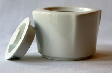 Steinbach White Sugar Bowl with Lid